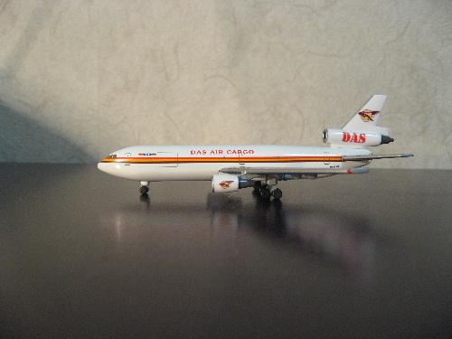 Boeing McDonnell Douglas MD-87 SAS Scandinavian OY-KHF Herpa 506106 1:500